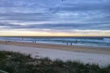 Early Beach Side