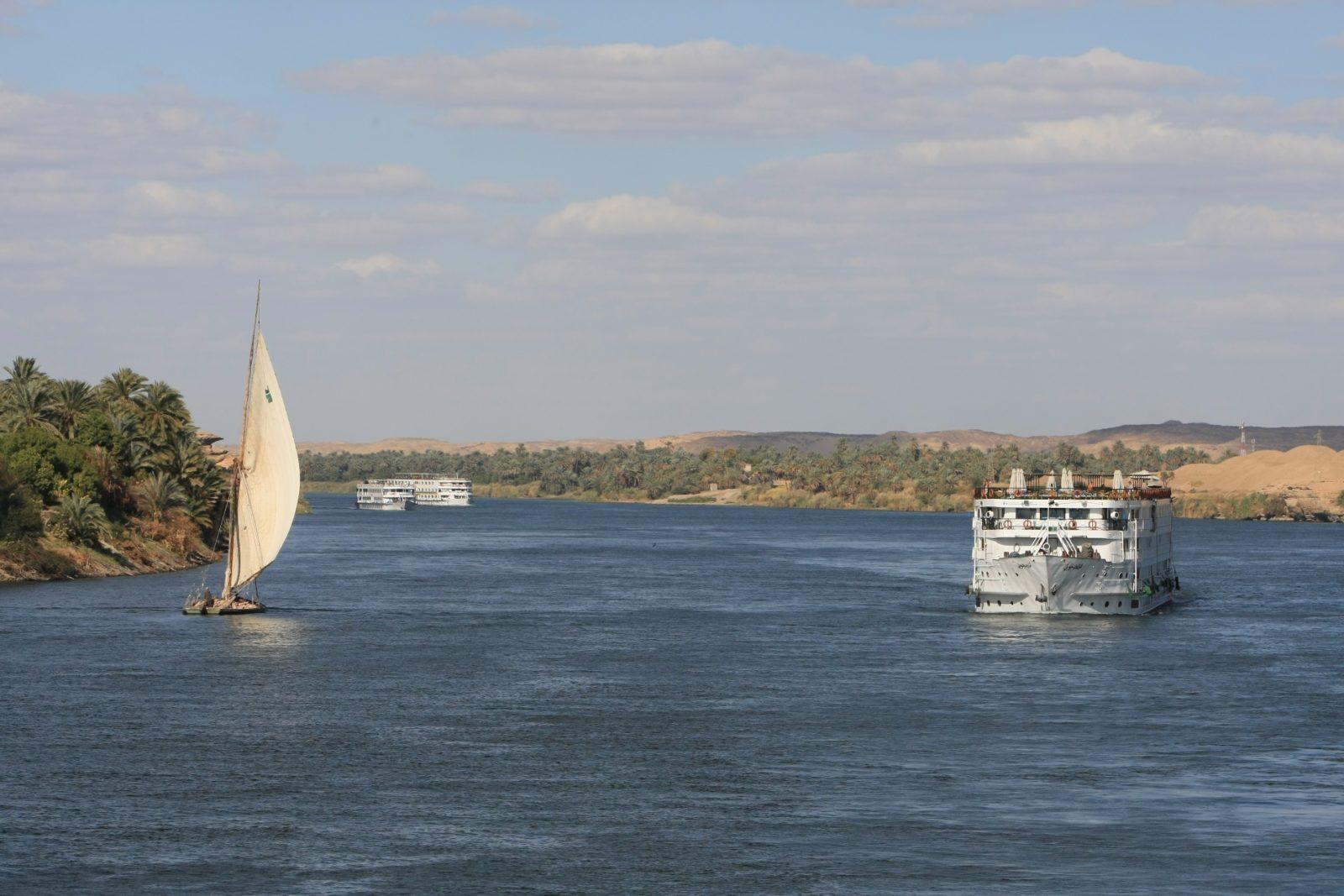 Sails & Boat